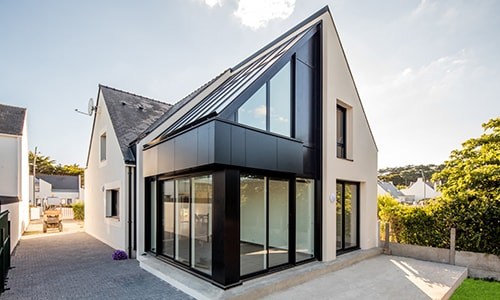 extension de maison design vitrée
